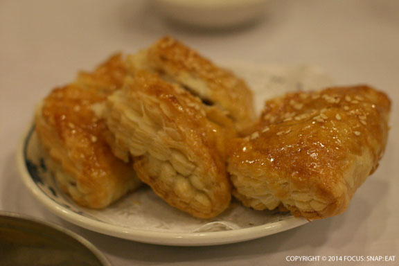 Baked char siu pastries were good but had too much pastry to filling ratio.