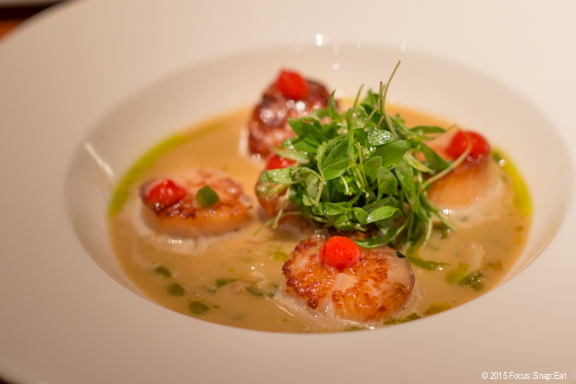 My favorite dish of ostiones al pil-pil ($18) or sea scallops with serrano and cachaca chilies