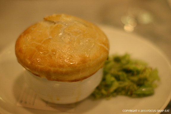 Oyster pot pie ($14) had a delicate crust but the sauce was more thick than I preferred (not as creamy)