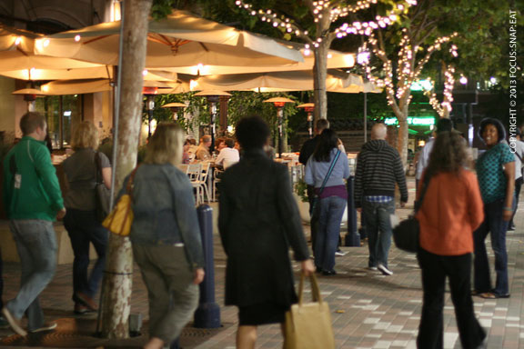 Diners crawling through Jack London Square