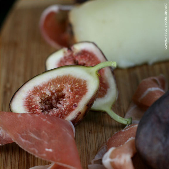 Figs, speck and cheese. What can be better?