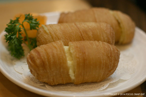 Another Tat order was these durian puff pastries made with the stinky Southeast Asian fruit ($6.90)