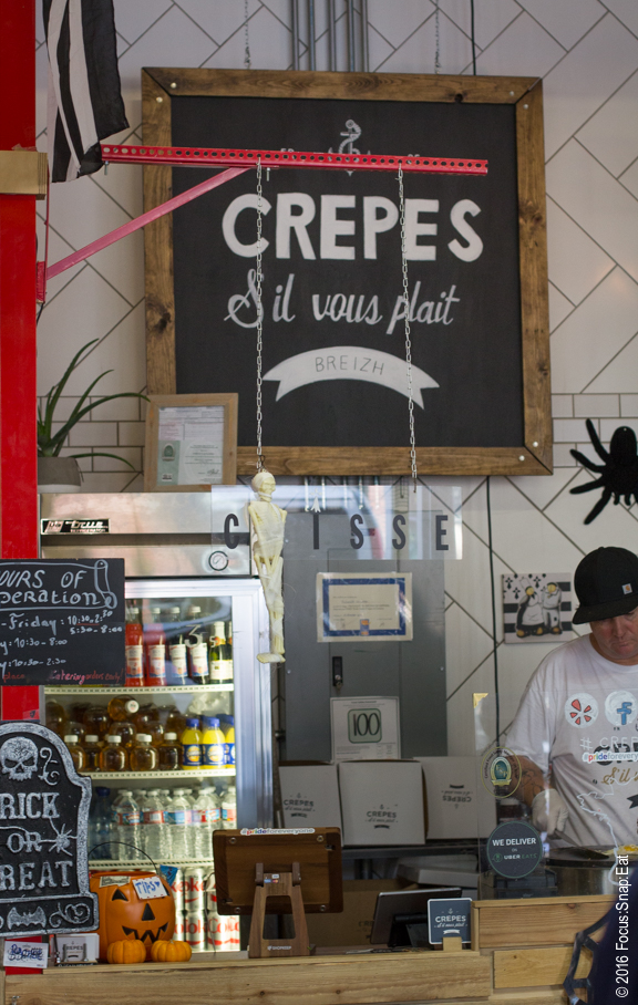 French crepes stand